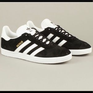 on sale 55da1 07055 Adidas Gazelle Sneakers
